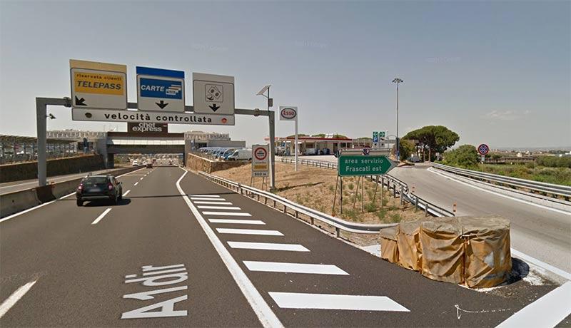 """""""Frascati Est"""" service area"""